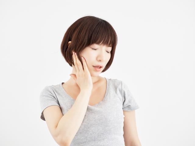 顎骨のずれが気になる女性