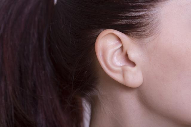 耳たぶ回しの効果